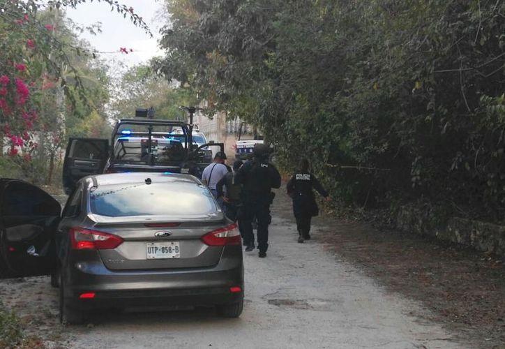 El cuerpo del joven fue hallado en una colonia irregular, en la salida a Mérida. (Foto: Eric Galindo)