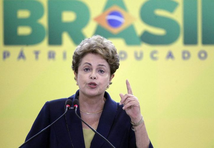 "La presidenta brasileña, Dilma Rousseff, lanzó la iniciativa, presentada como ""Bem Mais Simples Brasil"" (Bien Más Simples Brasil ). (Archivo/EFE)"