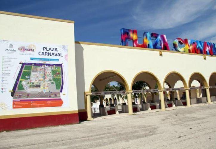 Con nuevos cambios para dar mayor seguridad a las mujeres usuarias y a sus hijos, el Ayuntamiento de Mérida echa a andar el programa Paraderos Rosa durante el Carnaval. (Foto de contexto de SIPSE)