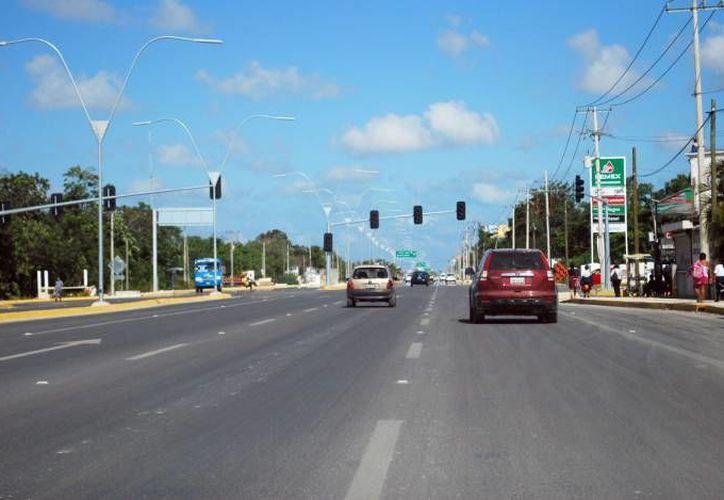 Algunos puntos de la avenida López Portillo ahora están listos para futuros proyectos. (Archivo/SIPSE)