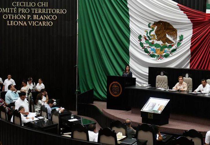 El legislador rechazó los gastos de gasolina en el Congreso de Quintana Roo. (Jesús Tijerina/SIPSE)