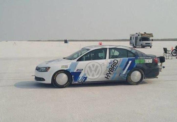 El siguiente auto de la VW podría ser un híbrido como el CrossBlue. (Internet)
