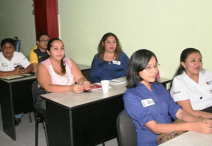 Este seminario proporcionará a los participantes las herramientas conceptuales y metodológicas necesarias para el diseño, seguimiento y evaluación de proyectos sociales. (Redacción/SIPSE)