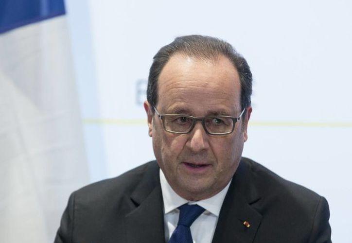 El presidente de Francia, Francois Hollande, confía en que Bélgica extraditará pronto al autor intelectual de los atentados de noviembre en París. (AP)