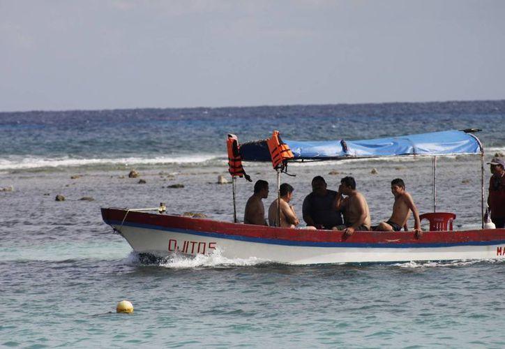 Ofertarán precios especiales en servicios turísticos como paseos en lancha, buceo y restaurantes. (Harold Alcocer/SIPSE)
