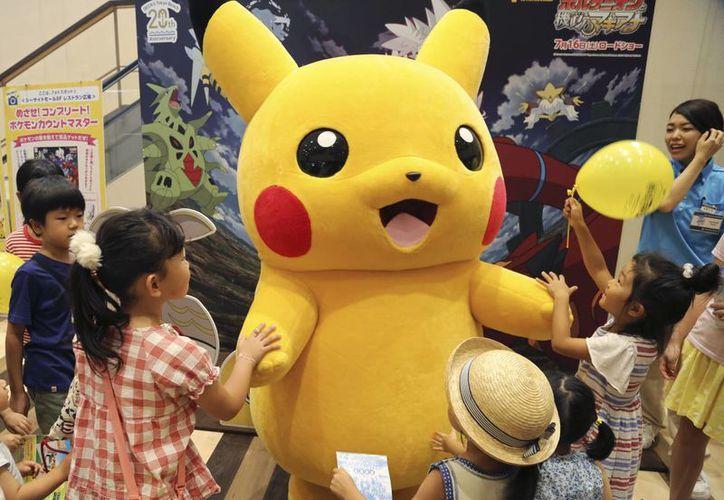La app de Pokémon Go, cuyo protagonista es el personaje Pikachu (foto) llegó este jueves a México así como a otros 14 países de América Latina. (AP/Koji Sasahara)