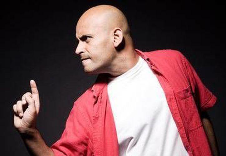 Odin Dupeyron es escritor, director y actúa en la obra, que se presentará en Cancún el 3 de octubre, ¡A vivir!. (Foto/Internet)