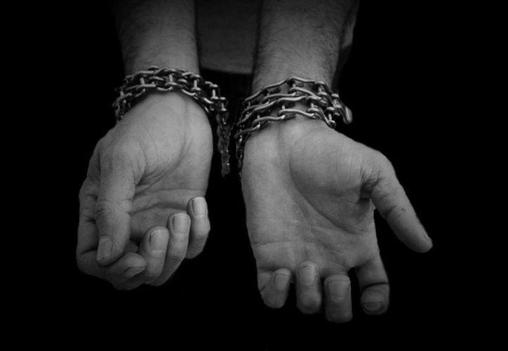 Al ser arrestado José Antonio Ramos Jaime, al líder criminal también le aseguraron armas y más de 40,000 dólares en efectivo, además de otros objetos. (contrapuntonews.com/Foto de contexto)