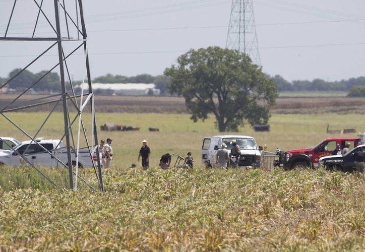 El accidente ocurrió a unos 48 kilómetros al sur de Austin. Según fuentes oficiales, todos los pasajeros murieron en el incidente.(AP)
