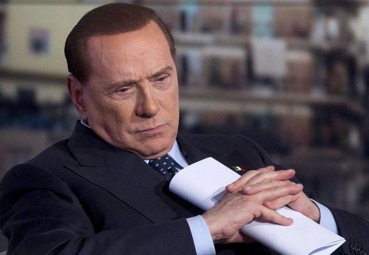 Berlusconi ingresado en un hospital de Milán por una inflamación en un ojo. (EFE)
