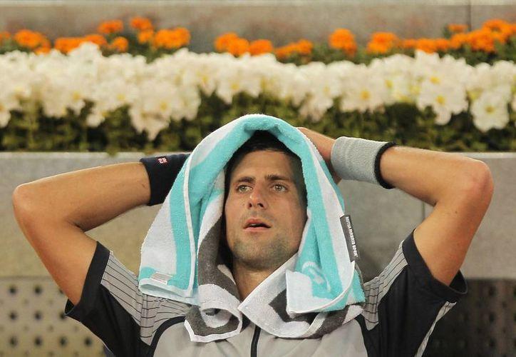 Un incrédulo Djokovic ante su derrota en el Masters de Madrid. (Agencias)