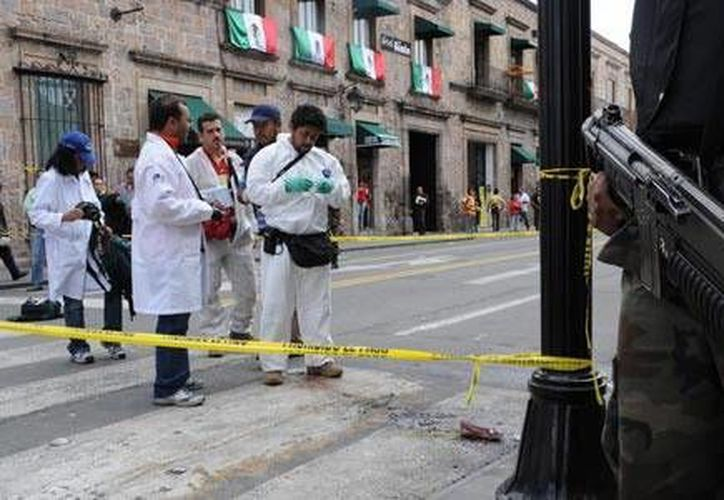 En el atentado con granadas en pleno Zócalo de Morelia durante los festejos de la Independencia en 2008 fallecieron ocho personas y unas 106 resultaron heridas. (Archivo/Zócalo)