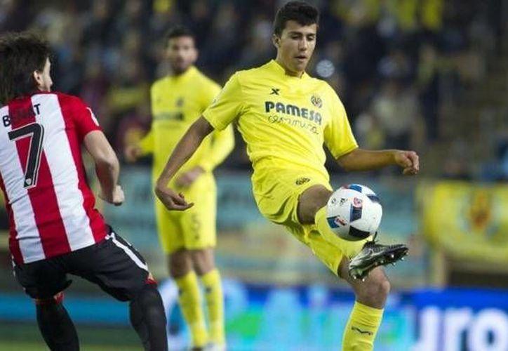 Este martes, el Villareal quedó eliminado en los octavos de final de la Copa del Rey, tras caer 0-1 en el duelo de vuelta contra Athletic de Bilbao. El mexicano 'Jona' Dos Santos entró de cambio al minuto 67. (Twitter: VillarealCF)