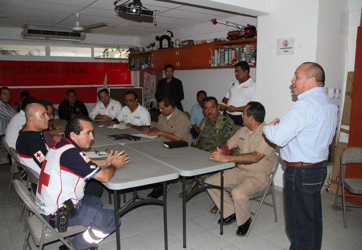Las dependencias de seguridad y control se reportan listas para entrar en acción. (Tomás Álvarez/SIPSE)