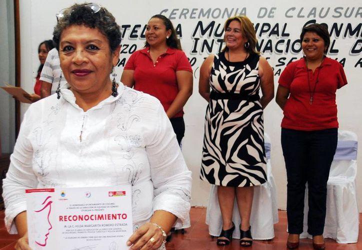 Destacan la labor y participación de la mujer en el sector económico. (Cortesía/SIPSE)