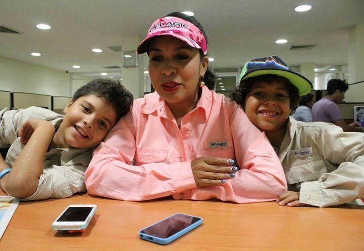 Karla Luna Rodríguez invita al torneo de pesca en Puerto Morelos. (Ángel Mazariego/SIPSE)