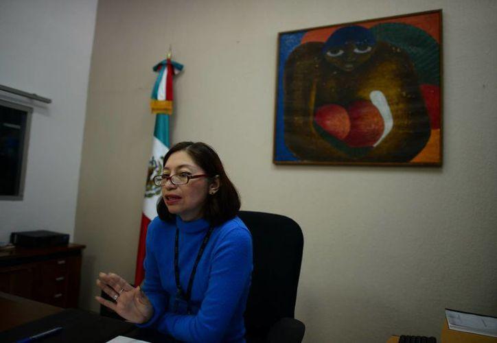 Gabriela del Carmen Castellanos Uc dijo que el trámite del pasaporte debe pasar por varios filtros. (Luis Pérez/SIPSE)