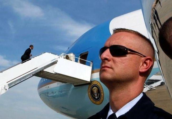 Dos expertos explicaron la logística que rodea el proceso de protección del mandatario norteamericano. (Archivo/Reuters)