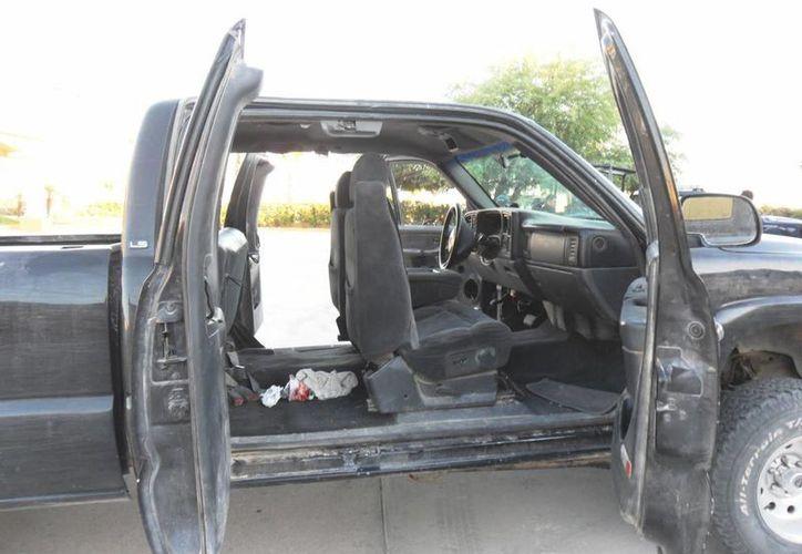 El hombre intentó 'pasar' la marihuana oculta en una camioneta (Archivo/elzeta1000.blogspot.com)