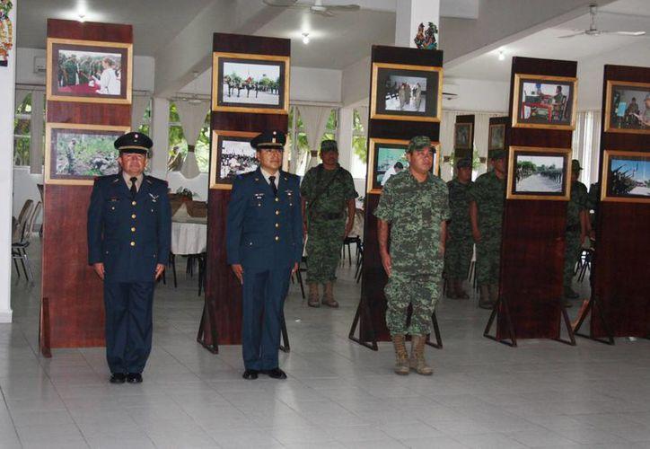 Se desarrolló el evento en el comedor del campo militar del 64 Batallón de Infantería. (Eric Galindo/SIPSE)
