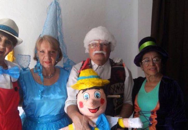 El Club de los Años Dorados presentó un acto de Pinocho. (Alejandra Flores/SIPSE)