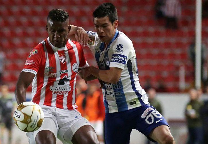 El hondureño Brayan Beckeles se ha convertido en uno de los titulares indiscutibles del Necaxa durante el inicio del Clausura 2017 de la Liga MX.(Jammedia)