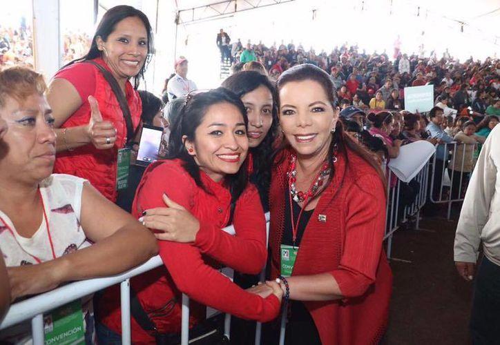 La militancia priista agradece la labor de Carolina Monroy en la Secretaría General del partido. (Facebook/Carolina Monroy)