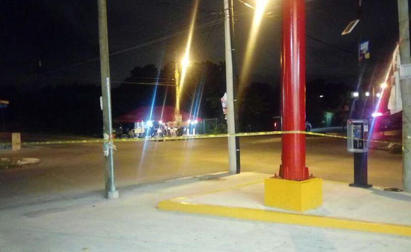 Vecinos señalan que las personas ejecutadas tenían poco de hacer salido del Cereso de Cancún. (Foto: Redacción/SIPSE)