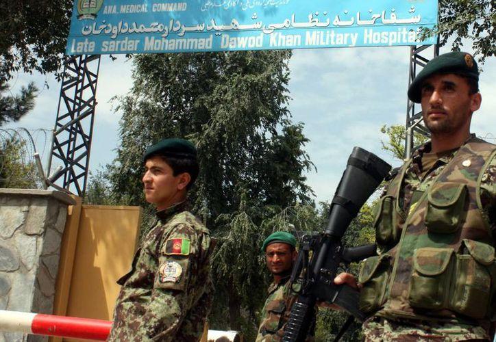 Las tropas afganas han ido asumiendo desde 2011 cada vez mayor responsabilidad en la seguridad del país. (Archivo/EFE)