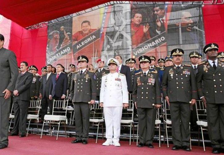 El Ministerio de Defensa afirmó que las fuerzas armadas 'tiene madurez política, entereza constitucional'. (ABC)