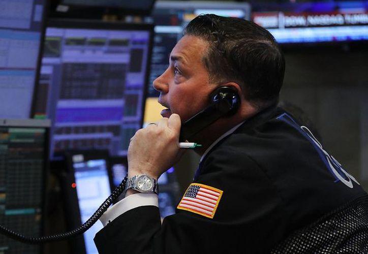 Una posible alza en la inflación tiene en vilo a Wall Street. (AP)