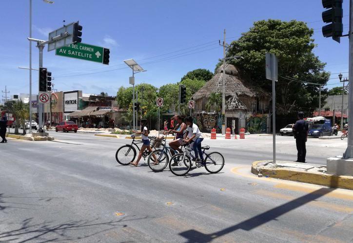 Piden a automovilistas respeto hacia los ciclistas. (Redacción/SIPSE)