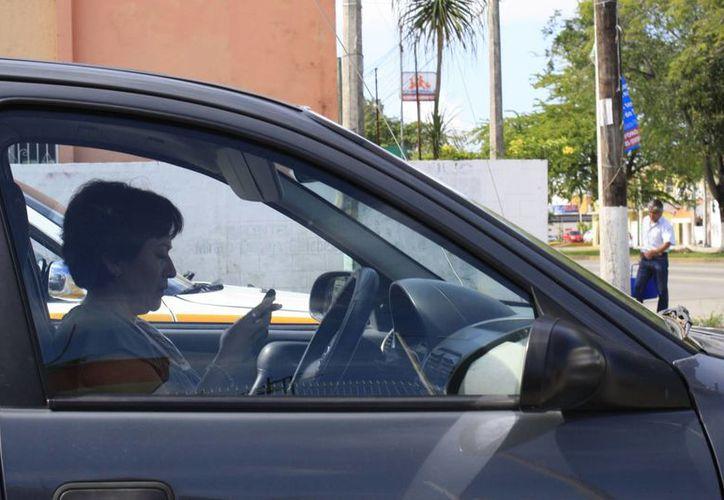 En el nuevo reglamento se incluirá la obligatoriedad del cinturón de seguridad. (Harold Alcocer/SIPSE)