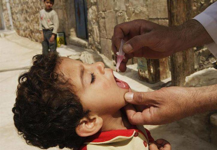 Debido a los conflictos bélicos en Medio Oriente, la población de esta parte del mundo sufre una de las crisis de servicios de salud básicos más fuertes. Por lo que se busca erradicar males como la poliomelitis. (Imagento de contexto tomada de posta.com)