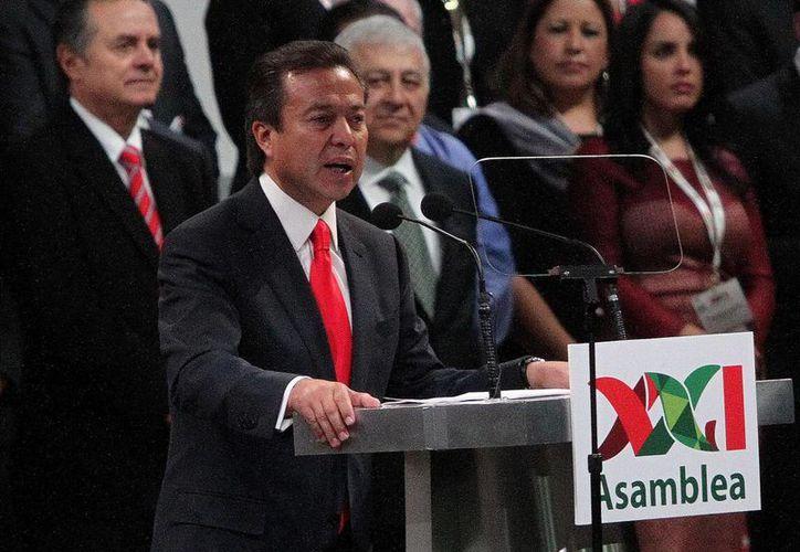 Camacho dijo que el tema de seguridad va de la mano con las inversiones. (Archivo/Notimex)