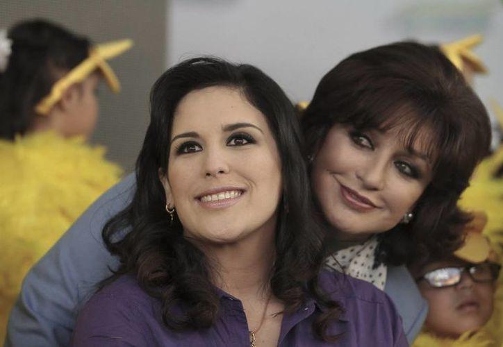 Angélica Vale y su madre, Angélica María, se mostraron felices de volver a trabajar juntas. (Notimex)