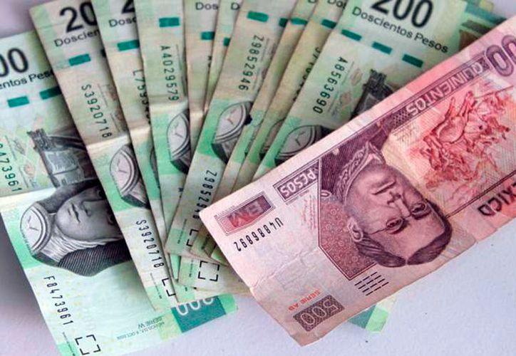 Los partidos políticos tiene permiso para gasta el doble de lo que invirtieron en la elección para gobernador de 2012. (Archivo/SIPSE)