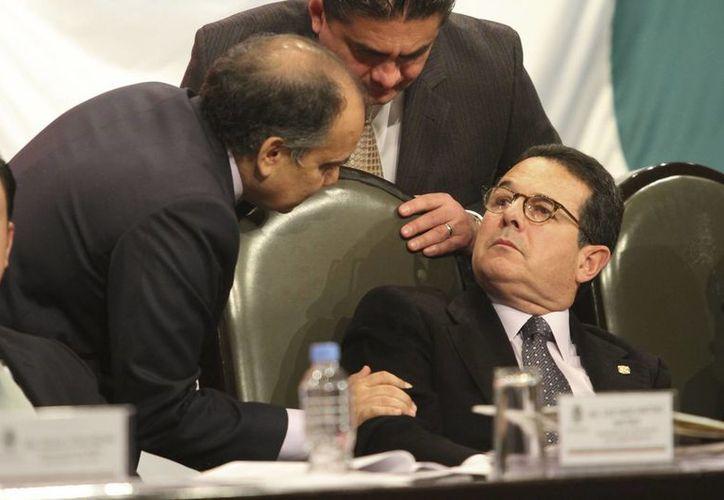 Los legisladores del PRI, Manuel Añorve y Francisco Arroyo Vieyra. (Archivo/Notimex)