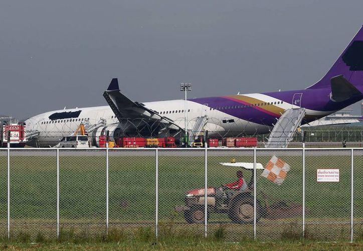 El vuelo llevaba 288 pasajeros y 14 tripulantes. (Agencia)