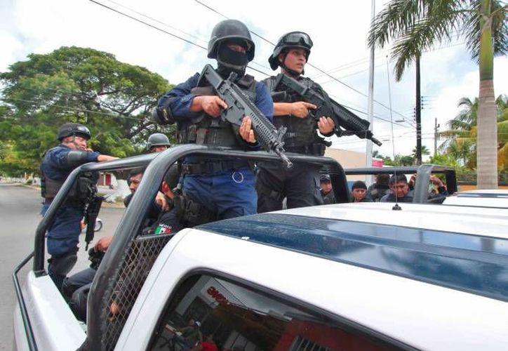 El operativo en el que fue arrestado el exjefe policiaco de Petatlán fue realizado por  efectivos de la Armada de México y Fuerza Estatal de Seguridad. (sipse.com)