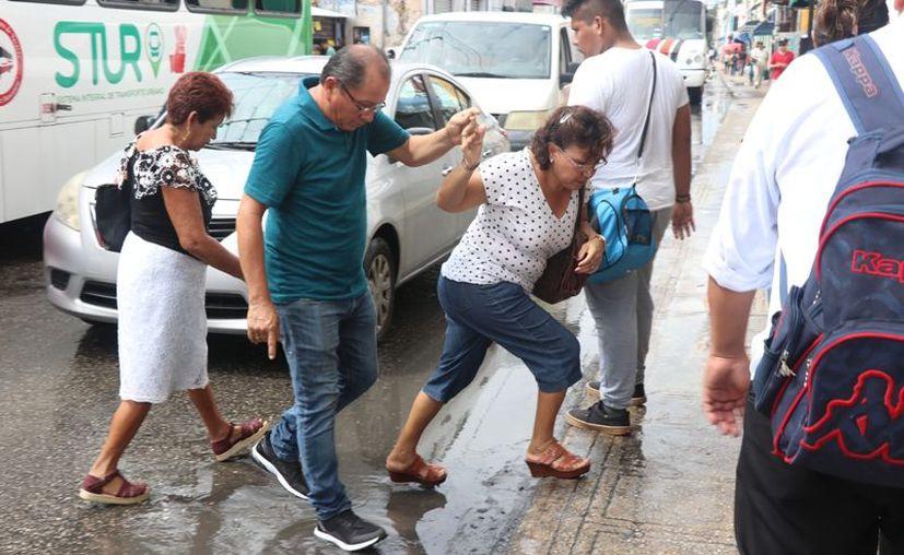 Este miércoles hay probabilidad de lluvias con intervalos de chubascos en el oriente y suroeste de Yucatán. (Daniel Sandoval)