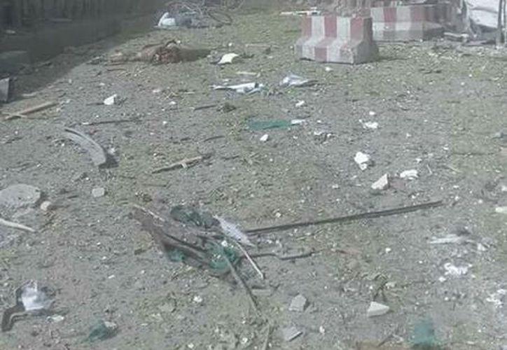 La explosión se registró cerca de las instalaciones del Ministerio de Cultura e Información. (@joshdcaplan/Twitter)