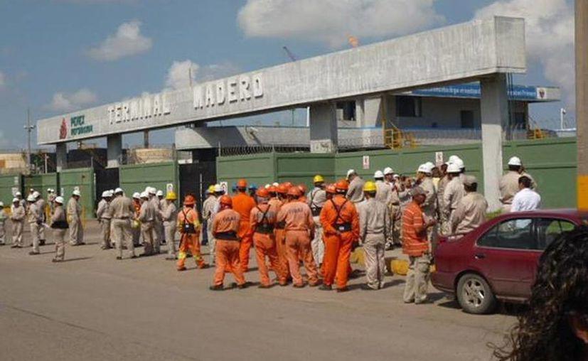 El proyecto de Pemex sobre combustibles limpios involucra a las refinerías de Madero, Tamaulipas; Salamanca, Guanajuato; Minatitlán, Veracruz; Tula, Hidalgo, y Salina Cruz, Oaxaca. (polemica.mx)
