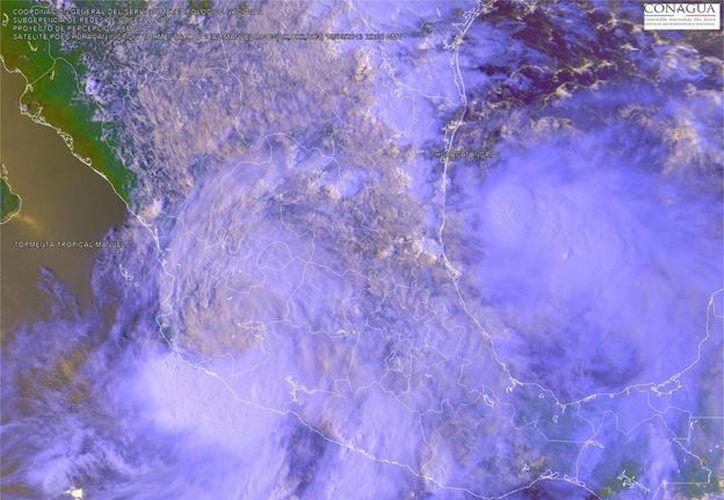 'Manuel' tiene un 60% de probabilidades de convertirse en huracán. (Notimex)