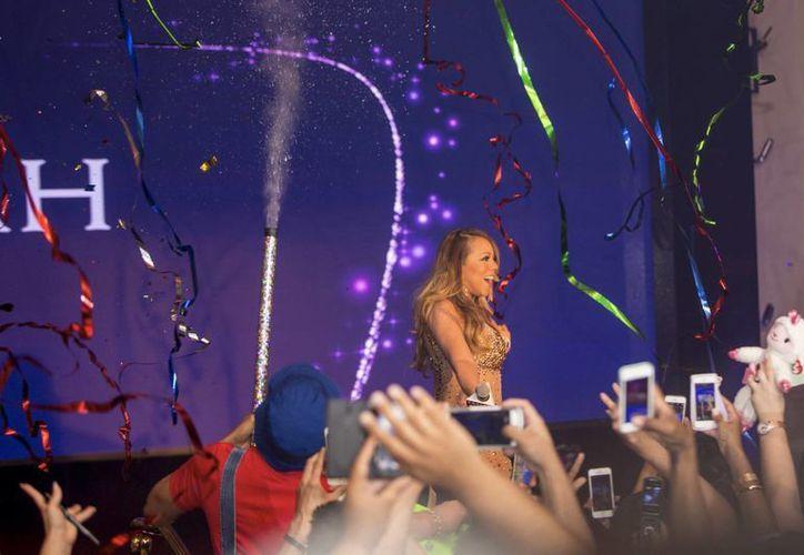 Gran recibimiento de Mariah Carey en Las Vegas, donde brindará una serie de conciertos de mayo a julio. (Foto: AP)