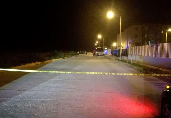Las autoridades municipales acordonaron la zona para continuar con las investigaciones. (Redacción)