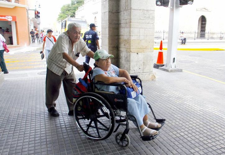 Las personas con discapacidad son las más vulnerables dentro de la sociedad. (SIPSE/Archivo)