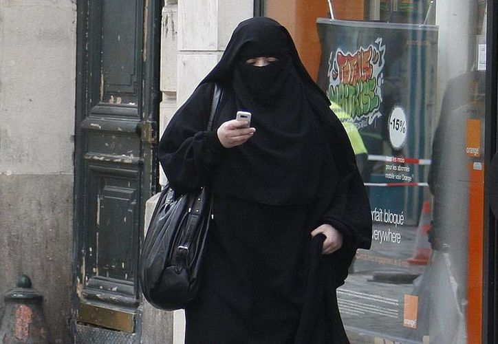 Las milicias femeninas logran llegar y dañar objetivos sensibles y protegidos, escondidas en el velo musulmán. (Agencias)