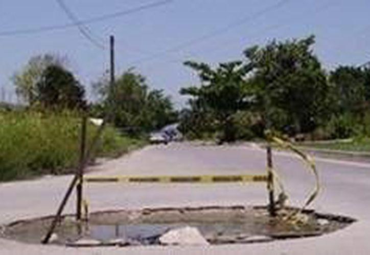 El denominado 'monumento al inodoro' ha desaparecido. (Facebook/Taxi Vigia)