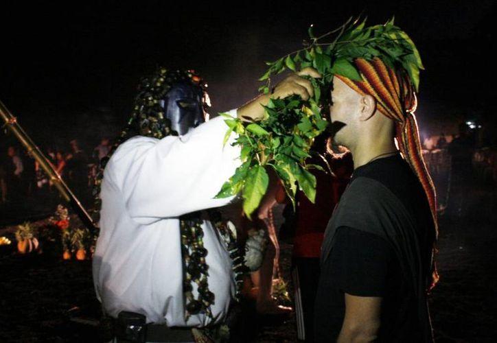 Los rituales se deben hacer de forma personalizada dependiendo de cada casa, familia, cantidad de personas que vivan ahí, edades, fechas de nacimiento y otros factores más. (buzonxalapa.com)
